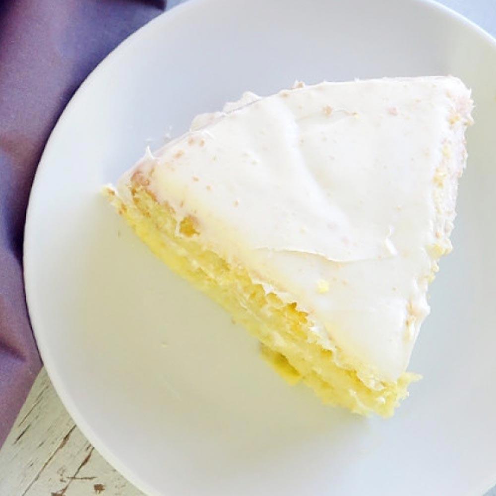 Pastel amarillo clásico