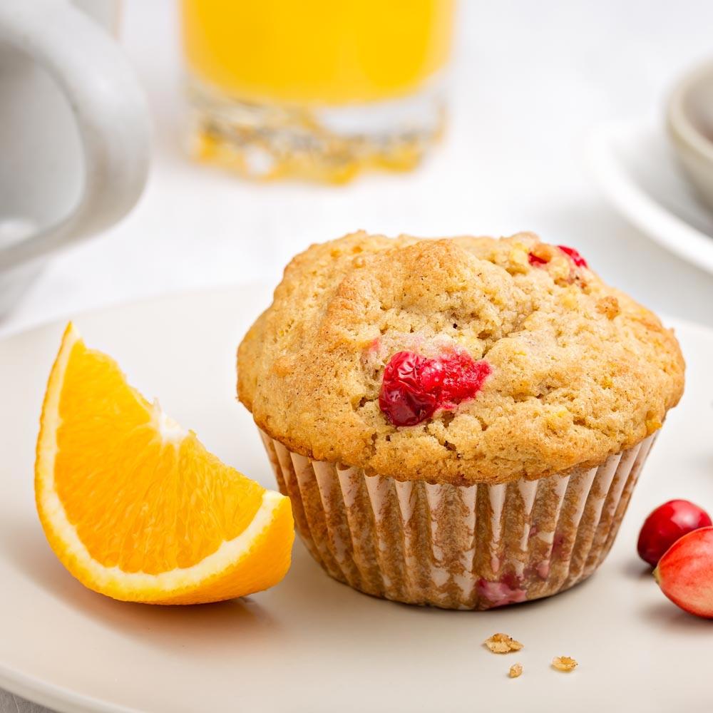 Muffins de naranja y arándanos rojos