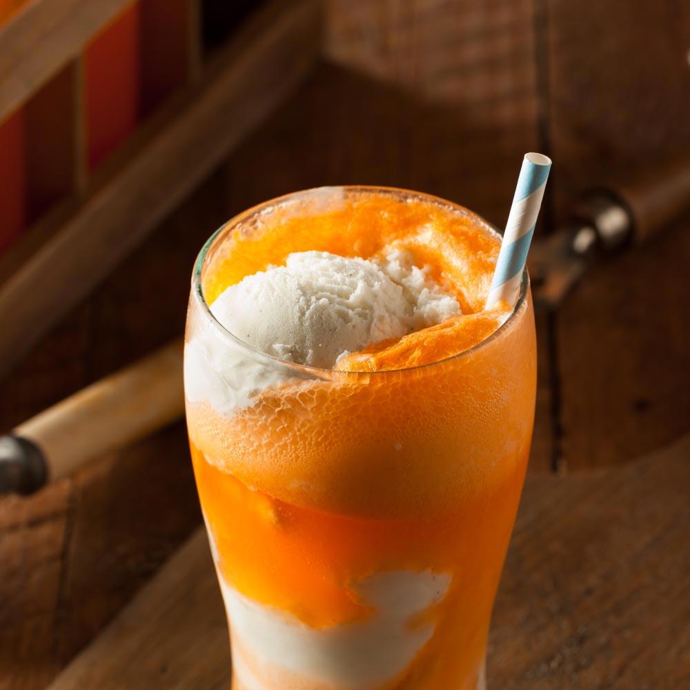 Refresco de yogur con refresco de vainilla y naranja®