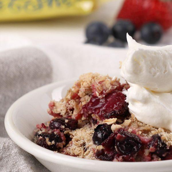Berry Oatmeal Crisp